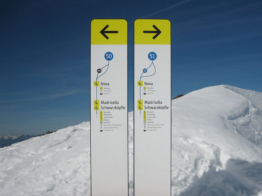 This is PROXI. | Signaletik: Slope Signage System